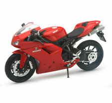New Ray 1/12  Ducati 1198 Sport Bike Motorcycle Red   57143 AS