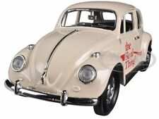 """1966 Volkswagen Beetle """"Coca Cola"""" The Real Thing 1:24 Motorcity Classics 440047"""