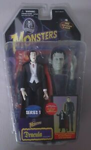 2006 Toy Island Universal Studios Monsters Dracula and Frankenstein Figures New