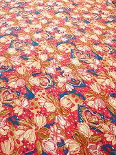 Bastelstoffe aus Polyester mit Blumenmuster