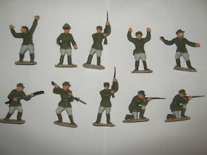 Lone star German's repainted in field uniforms 10 in 8 poses V/G condition set 2