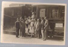 Old Real Photo Postcard passagers près de la voiture