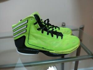 Boy's  Youth Basketball Shoes Adidas Black/Yellow, Size 7