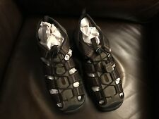 Really nice GOTCHA men's brown size 12 sandals, super comfy, Look!