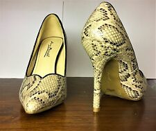 Anne Michelle High Heels toe shoes Faux Snake Skin pointy, 5.5/35 size
