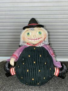 "Primitive Folk-Art Halloween Witch 9"" Wall Sitter Plush"