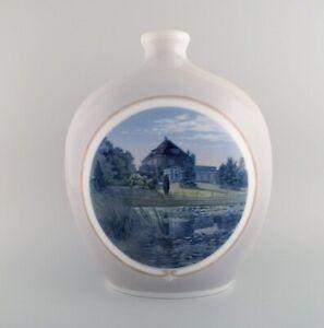 Arthur Boesen for Royal Copenhagen. Large unique vase in hand-painted porcelain