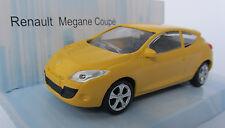 Renault Megane Coupe/amarillo/fundición-modelo 1:43/Mondo Motors/nuevo embalaje original