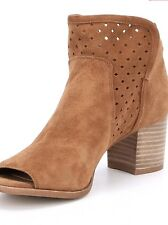 4ab5e496987e Women Gianni Bini Rezzy Suede Perforated Peep Toe Shooties New Honey Size 9M