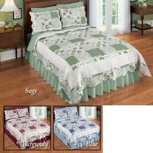 Lovely Patchwork Hadley Floral Reversible Twin Size Bedroom Quilt