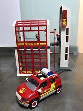 Estación de Bomberos de Playmobil con el coche patrulla de regalo