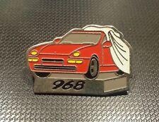 Porsche Pin 968 gestempelt 17 october 1991 32x21mm