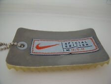 RARE Porte-Clés / Key Ring NIKE SPECIAL EDITION N°12 15 99  TOP