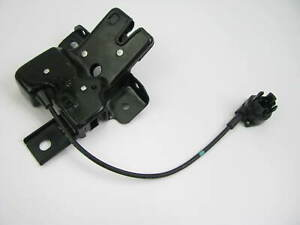 NEW OUT OF BOX - OEM F8ZB-6343200-BA Trunk Lock Latch 1994-1998 Ford Mustang