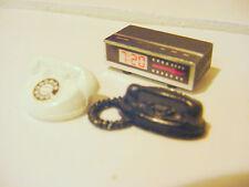 1/18 - 3 Piece Set - 2 Telephones & Radio for your shop/garage/diorama
