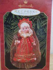 Hallmark Ornament Alice In Wonderland Madame Alexander Red Queen 1999 New in Box