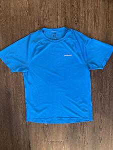 mens Patagonia mesh running shirt Blue size M