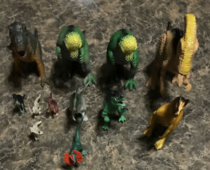 Lot of 12 Dinosaur Figures Mixed Lot