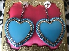 Tarina Tarantino Vintage Barbie Azul Lucite Corazón Swarovski Cristal Pendientes