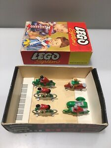 Lego System 1950s - 60s No.270 2 Wheel Set Cyclists Moped Motorcycle Excellent