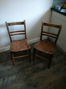 Antique Elm Chairs. Pair of vintage chairs.