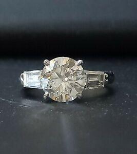 2.20ct  I SI2 IDI Diamond Engagement/Baguette/White gold