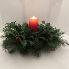 HOLIDAY CENTERPIECE FRESH LIVE HOLLY/DOUGLAS FIR, oval w/red pillar candle