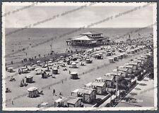 UDINE LIGNANO SABBIADORO 15 SPIAGGIA BAGNI Cartolina viaggiata 1959