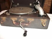 1920's Birch Model #3 Boetsch Bros New York- Hand Crank Phonograph/Record Player