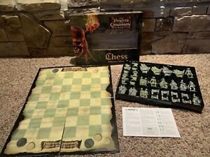 Pirates of the Caribbean Dead Man's Chest Chess Game Boxed Complete 2006 Disney