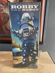 NOB 2009 Polar Lights Forbidden Planet Robby the Robot Item #POL810 Sealed!