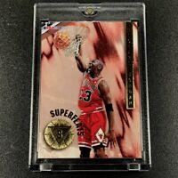 MICHAEL JORDAN 1996 SKYBOX NBA HOOPS #1 SUPERFEATS GOLD FOIL INSERT BULLS MJ