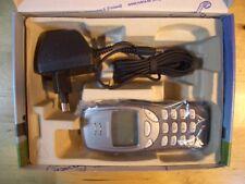 NOKIA 3210 TELEFONO MOVIL MOBILE CELLULAR VINTAGE BOX BOXED
