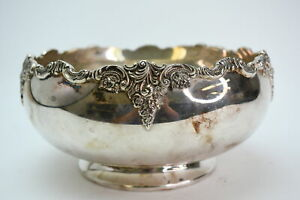 Baroque By Wallace Silverplate #706 Footed Serving Fruit Bowl With Floral Design