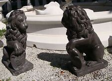 Löwen Paar schwarz H 55 cm venezianischer Löwe mit Wappen Tierfigur Steinguss