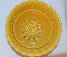"Vintage USA California L56 Pottery Yellow Gold Sunflower Bowl, 6"" diameter"