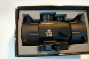 Leapers UTG 3.8in ITA  Red/Green Dot Sight with QD Mount for Picatinny rail.