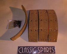 LANCHESTER LD10 1945 - 1951  REAR BRAKE LININGS - SET OF 4 WITH RIVETS (JN200)