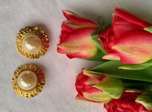 Original vintage CHANEL gold tone clip on Earrings with faux pearl