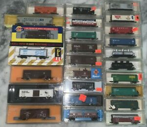 Vintage 26 Car Lot N Scale - NEW NEVER USED! Life-Like Con-Cor Model Power Roco