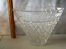 """LEAD CRYSTAL GLASS HUMID 8"""" TALL X 5"""" WIDE  PERFECT CONDITION NO DAMAGE  #440"""