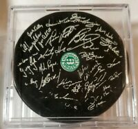 Read! NEW ENGLAND WHALERS WHA TEAM STAMPED ON SIGS! GORDIE HOWE MARTY MARK PUCK