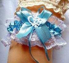 Strumpfband Braut weiß hellblau blau mit Schleife Herzchen aus Spitze und Satin