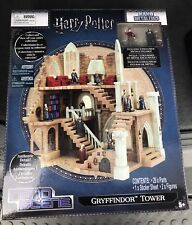GRYFFINDOR TOWER - HARRY POTTER w/ 2 EXCLUSIVE Figures Nano Metalfigs