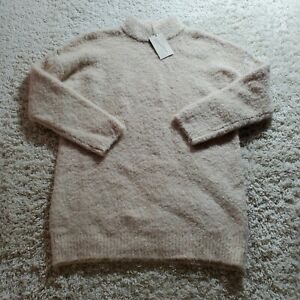 Universal Thread Women's Crewneck Pullover Small Cream Sweater small cream