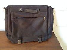 "Laptop 17"" Black Messenger Bag"