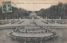 VERSAILLES - Il Parco - il bacino di Latone e perspective il tappeto verde