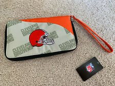 NFL CLEVELAND BROWNS Football Embroidered WRISTLET Wallet Bag Purse NEW NWT