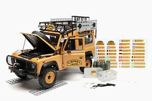"""Land Rover Defender 90 """"Camel Trophy"""" Borneo 1985 1:18 by Almost Real"""