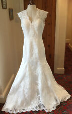 PALE IVORY TULLE LACE WEDDING DRESS - SIZE 16 APPROX